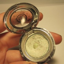 The Body Shop eye shimmer no. 8