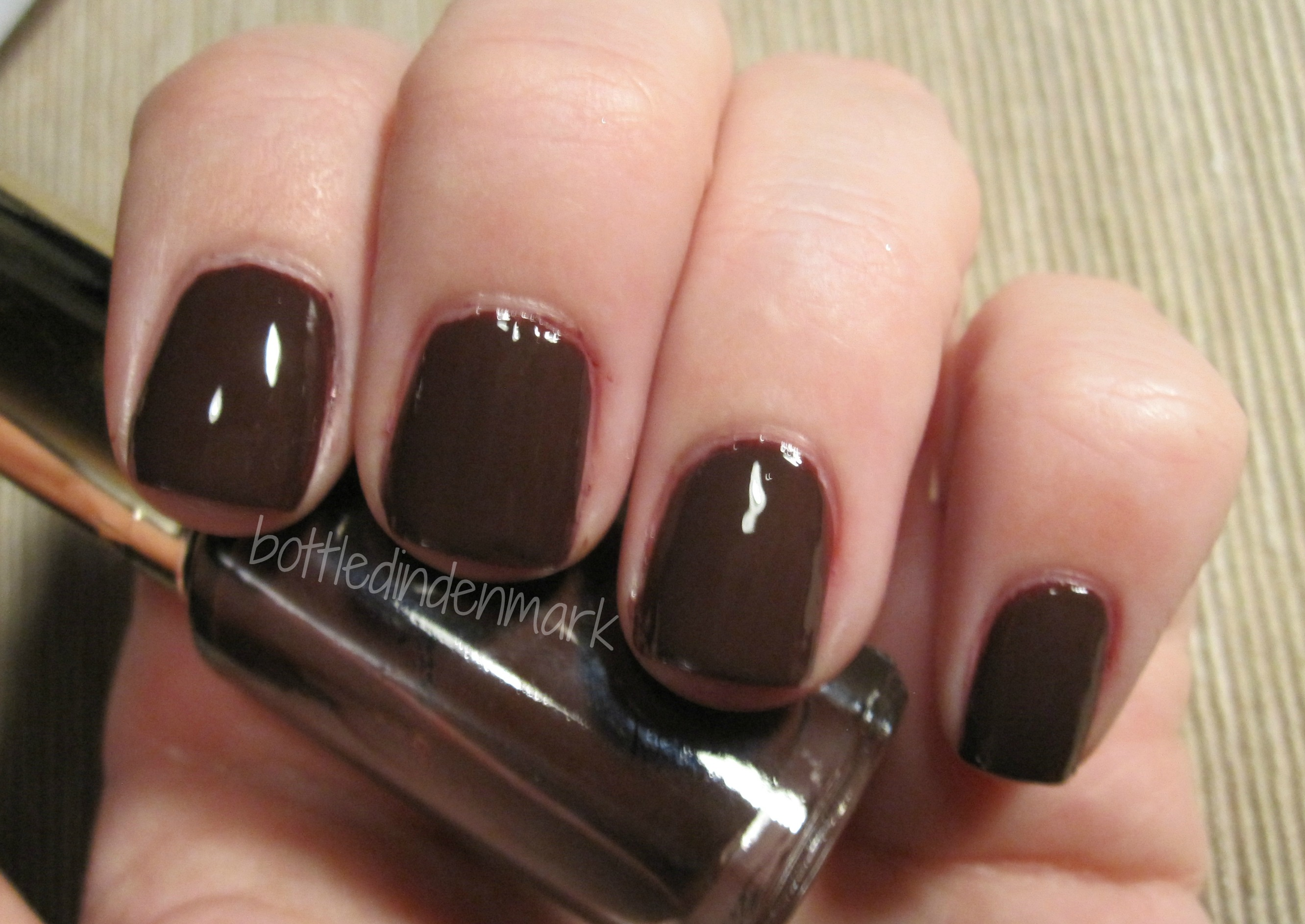 10 perfect polishes for fall!