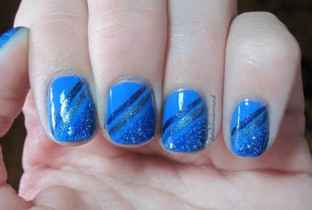 Blue diagonal stripes 2