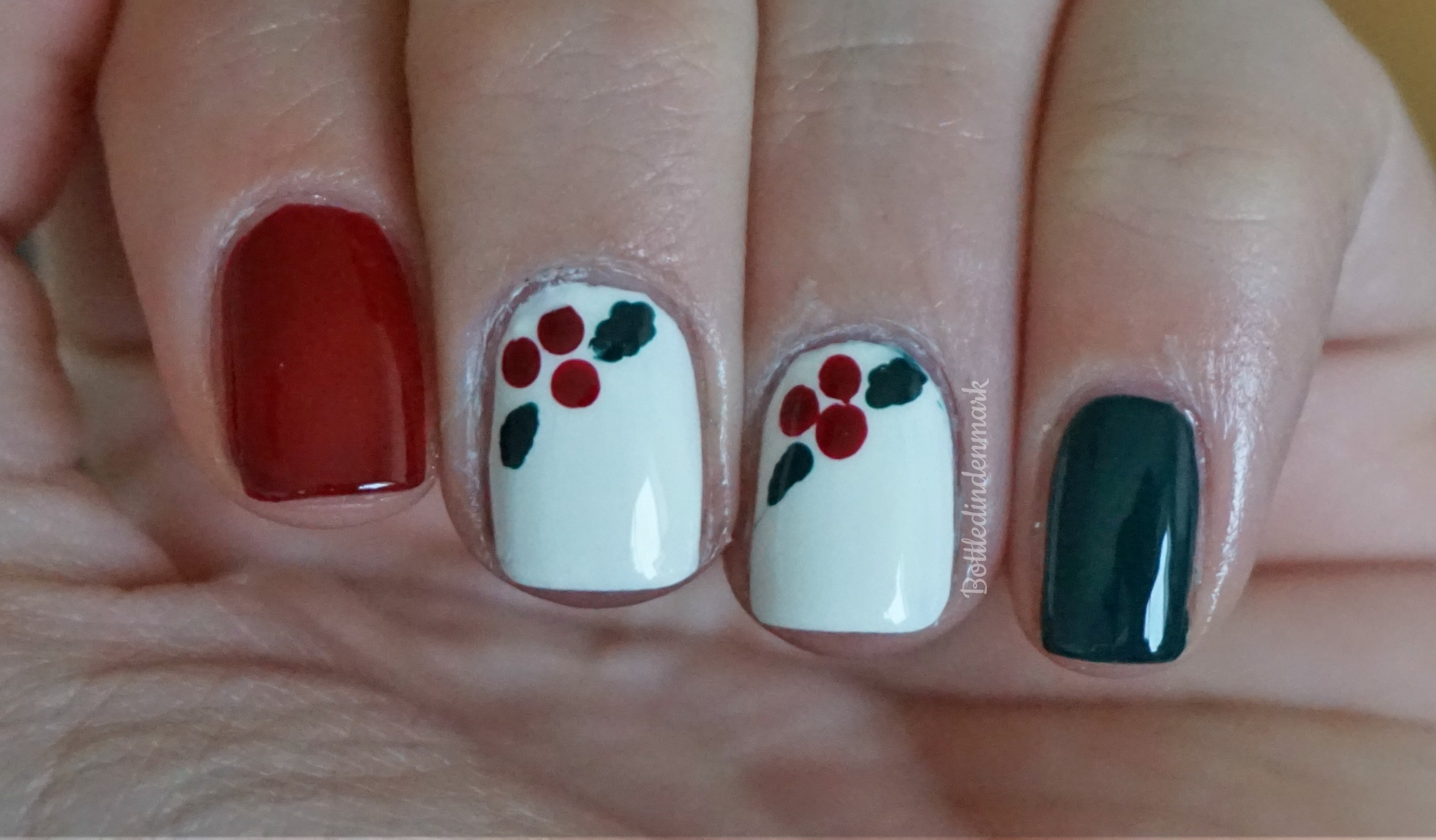 Holly Berries Nail Art