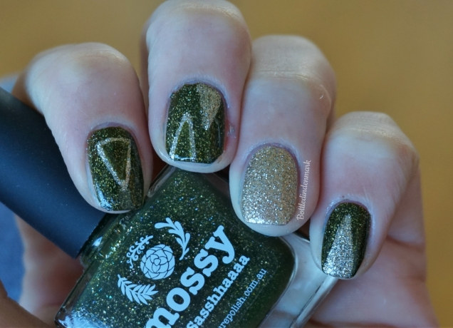 Green and gold triangles 1