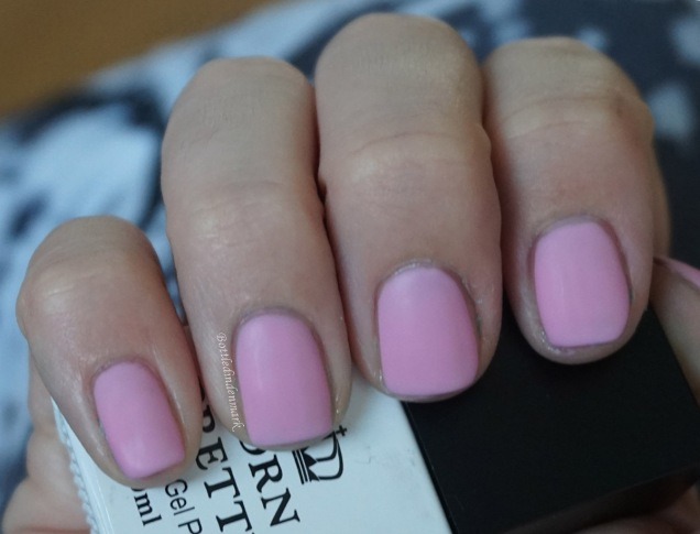 Pink thermal gel light