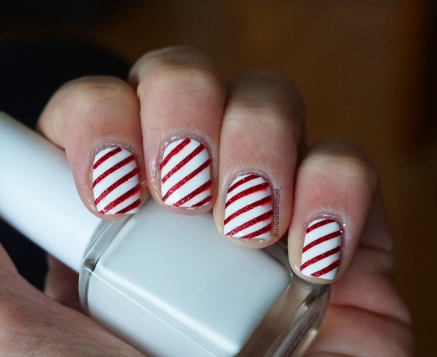 Candy Cane Nails 1